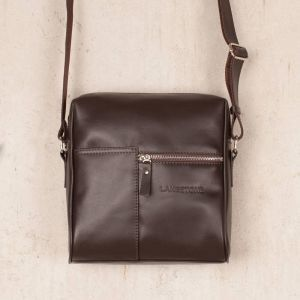 d72aecbf803b ... Мужская сумка мессенджер через плечо Lakestone Sandy Brown из коричневой  кожи ...