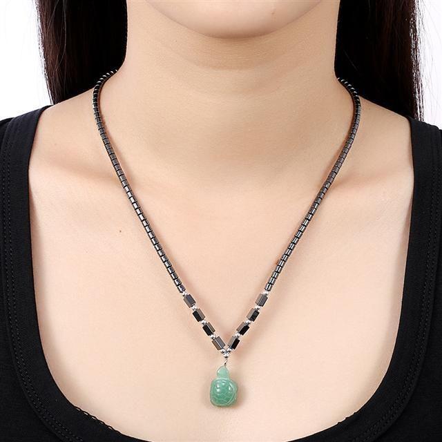 Ожерелье Everiot NC-XP-10995 из гематита с подвеской из авантюрина в виде черепахи
