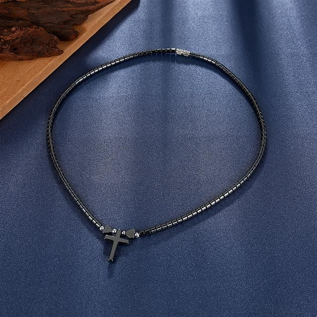 Ожерелье Everiot NC-XP-10996 из гематита с крестиком