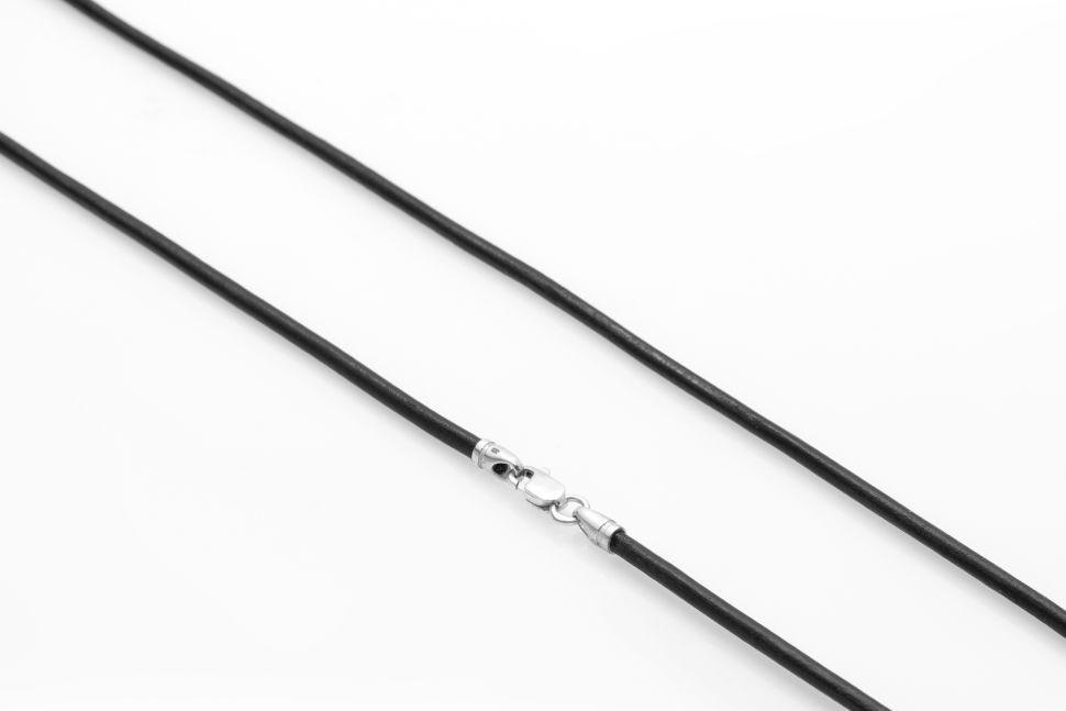 Кожаный шнурок Everiot JCLN-P с серебряным замком